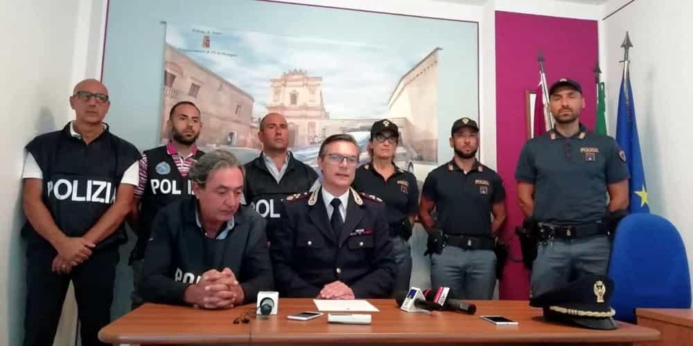 Conferenza stampa commissariato polizia di Mesagne-2-2