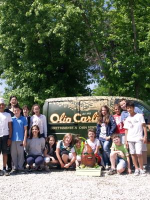 Un-progetto-didattico-a-premi-olivotta-nelle-scuole-nelle-famiglie-milanesi