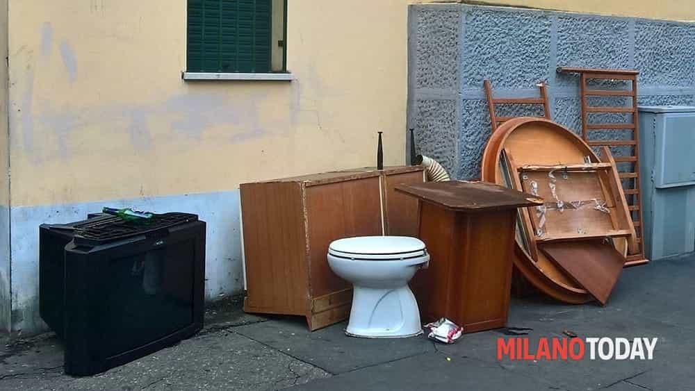 Via Abbiati - Mobili 01-2