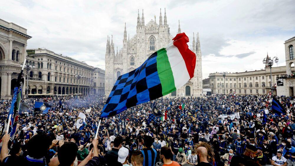 L'Inter è campione d'Italia: i festeggiamenti a Milano