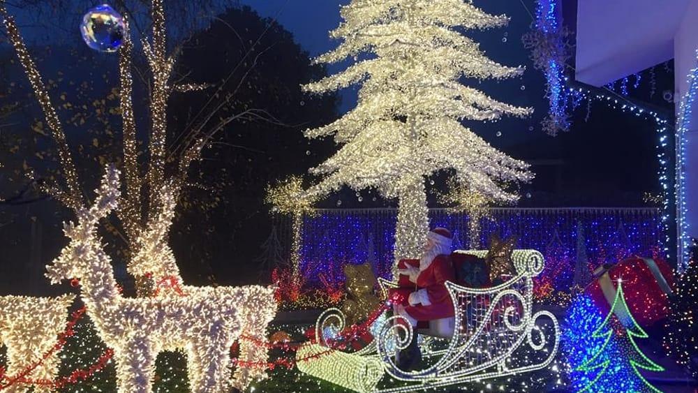 La Casa Di Babbo Natale Immagini.La Casa Di Babbo Natale A Melegnano Orari E Date Per Visitarla Foto