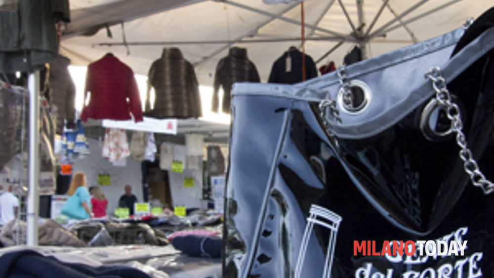 pavia: domenica 8 febbraio arriva il mercato del forte con una giornata speciale di shopping -2