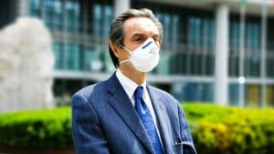 """Fontana ha detto che il calendario dei vaccini sarà rispettato, anche """"senza"""" AstraZeneca"""