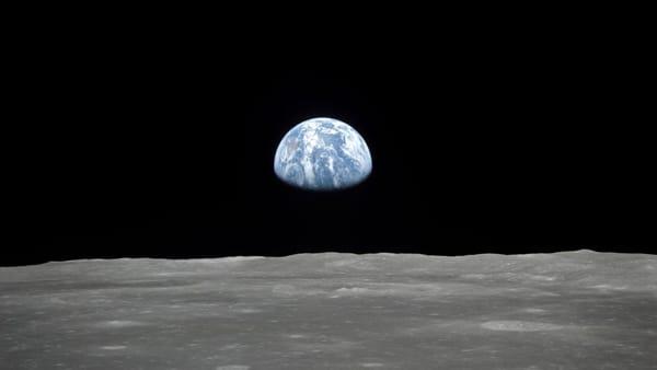 La Terra vista dalla luna: in Triennale l'appuntamento in streaming