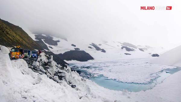 In Apecar sull'Himalaya: un gruppo di milanesi vince la gara di corsa estrema sui monti dell'India