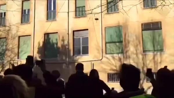 """A Milano la """"Befana su due ruote"""" : in oltre 5.000 per un raduno solidale. Il video"""