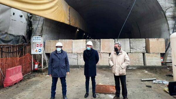 Il sindaco Ghilardi e l'assessore Granelli sul cantiere di Cinisello