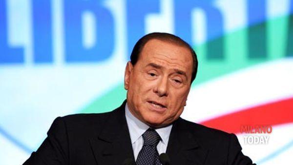 Berlusconi e la Pascale erano all'interno della villa