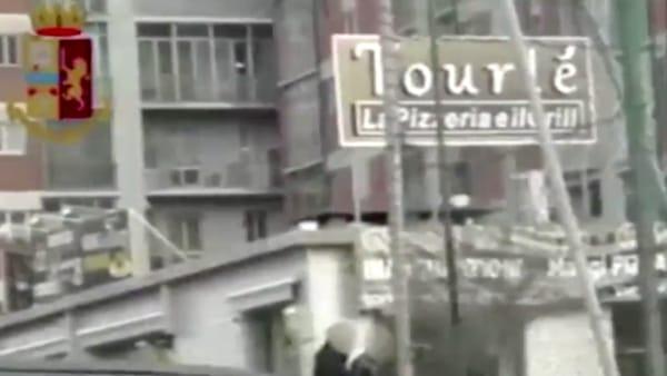Una delle pizzerie dell'uomo