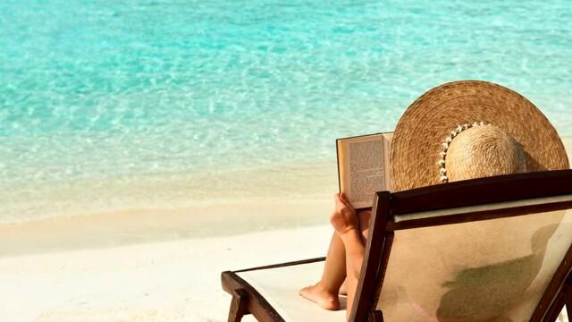 5 libri da leggere sotto l'ombrellone