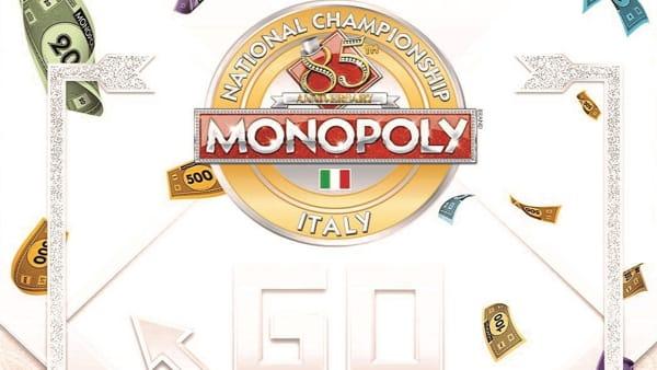 Un mega torneo nazionale di Monopoly con pedine a grandezza naturale