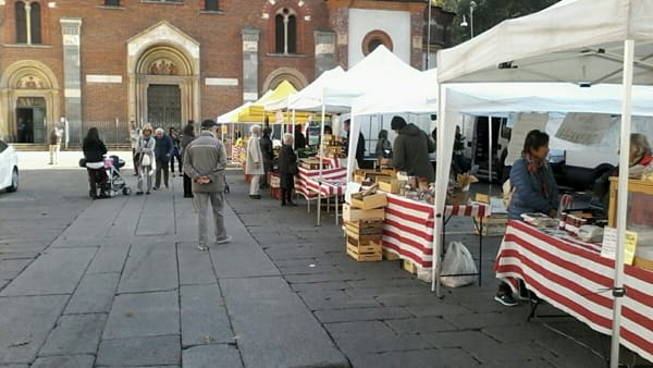 """""""Il buono in tavola"""": il 22 e il 29 maggio mercato agricolo in Piazza Sant'Eustorgio"""