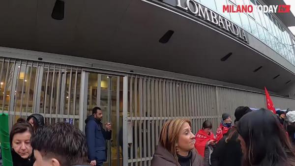 Milano, educatori degli asili protestano contro la Regione: no ai volontari come personale docente