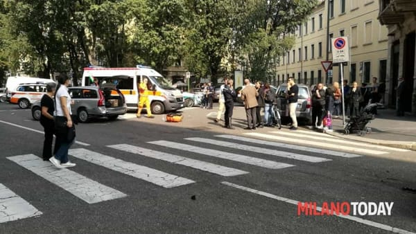 He overwhelms a pedestrian, then insults him and runs away: pirate of the road reported thumbnail
