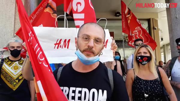 """H&M chiude i negozi di Milano, i lavoratori trasferiti ad Ancona, Mantova e Lecco: """"Non ci stiamo"""""""