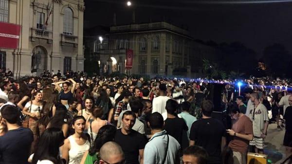 """Milano, ecco il """"Botellon"""" 2018: tra alcol e musica torna la festa studentesca più famosa"""