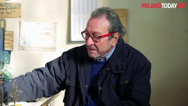 """Milano, l'artigiano che fa insegne dal 1960: """"Le mie scritte sono andate in tutto il mondo"""""""