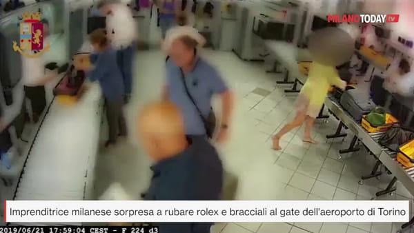 Bocconiana e ad di una grande azienda, ruba Rolex e braccialetto di Tiffany al gate: il video