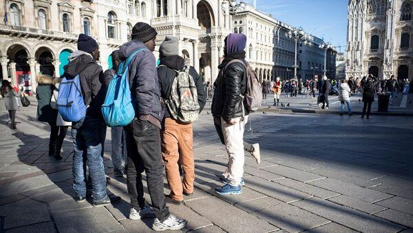 """Lombardia contro la cancellazione dei decreti Salvini: """"Impossibile rimpatriare immigrati"""""""