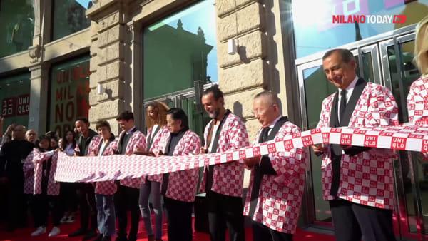 Milano, migliaia all'apertura dello store Uniqlo di Cordusio: l'inaugurazione con il sindaco Sala in chimono