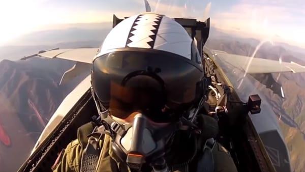 Al Milano Air Show un'incredibile esperienza da Top Gun in realtà virtuale