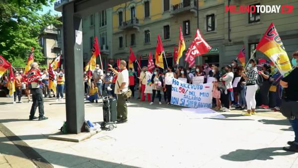 """Milano, lavoratori degli hotel senza stipendio: """"Non paghiamo le bollette per far mangiare i nostri figli"""""""