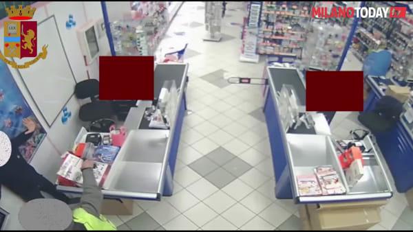 Milano, preso rapinatore seriale di negozi: svaligiati 3 esercizi commerciali con una pistola finta