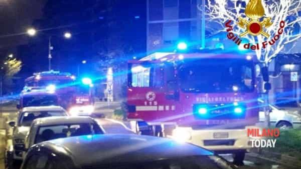 Vigili del fuoco sul posto-2