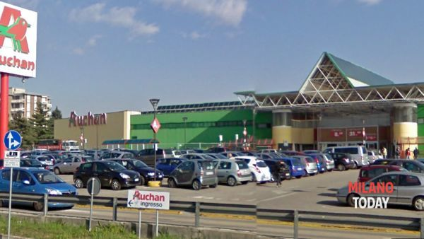 Black Friday all'Auchan di Nerviano