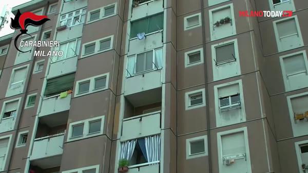 Milano, blitz alle case bianche di viale Fulvio Testi: trovati kalashnikov e 24 Kg di droga