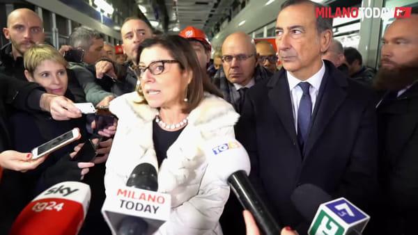 """Milano, il sindaco Sala al cantiere M4 di Linate: """"Con i nuovi treni anche le frenate saranno risolte"""""""