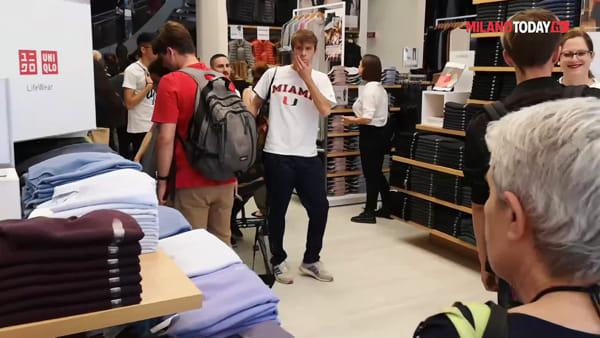 """Uniqlo apre a Milano: mega festa, """"uno degli store più belli al mondo"""""""