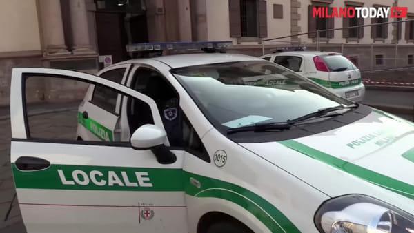 """Milano, il messaggio al megafono della Polizia Locale: """"Restate a casa, fatelo per voi e per gli altri"""""""