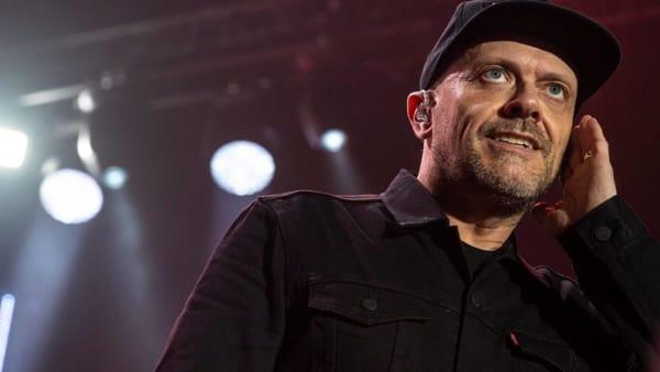 """""""San Siro canta Max"""": Max Pezzali in un mega concerto. Orari e biglietti"""