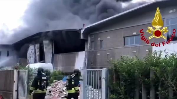 """Rifiuti e incendi, commissione antimafia della Regione: """"Evidenti interessi dei clan al nord"""""""