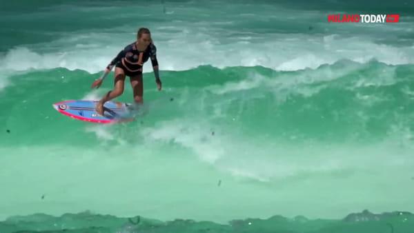 Surf all'idroscalo di Milano: apre la prima Wave pool d'Italia con l'onda artificiale da record