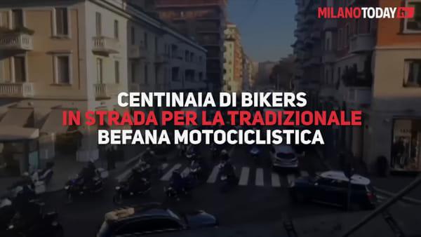 """Milano invasa dalle moto: 6mila motociclisti """"in marcia"""" per la Befana benefica. Video"""