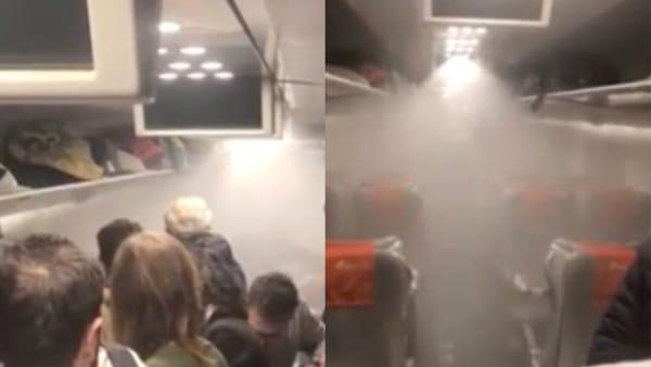 """""""Guasto tecnico"""" sul treno, scatta l'allarme antincendio: """"doccia"""" per i passeggeri. Video"""
