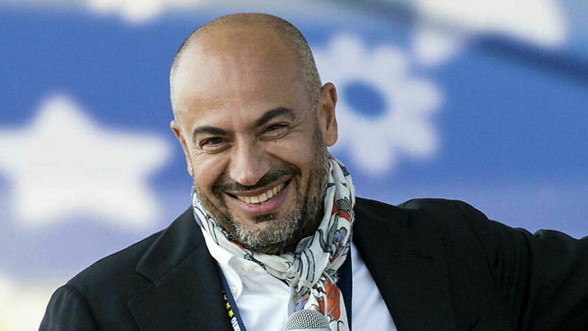 Gianluigi Paragone candidato sindaco di Milano-2-2-2