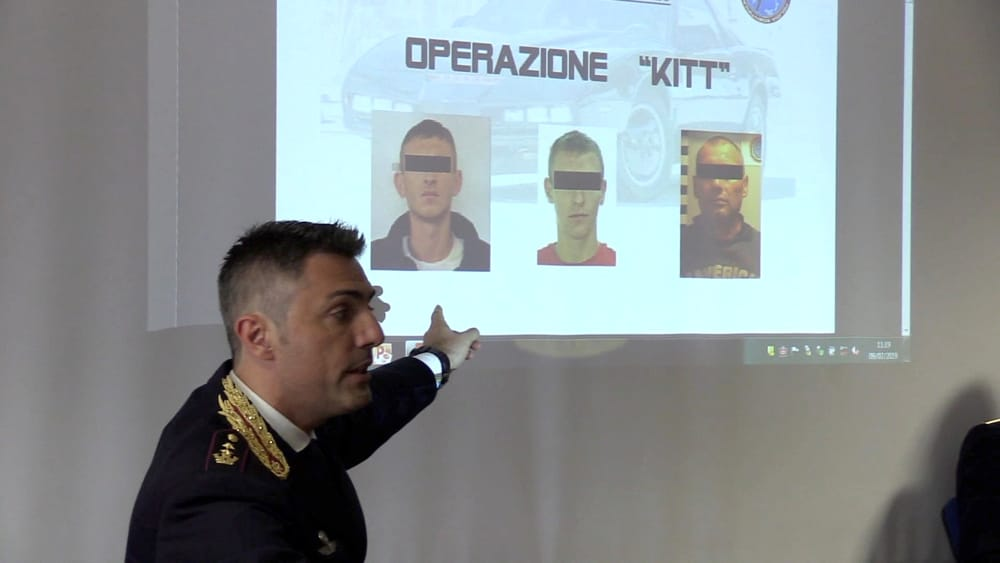 arrestati operazione kit-2
