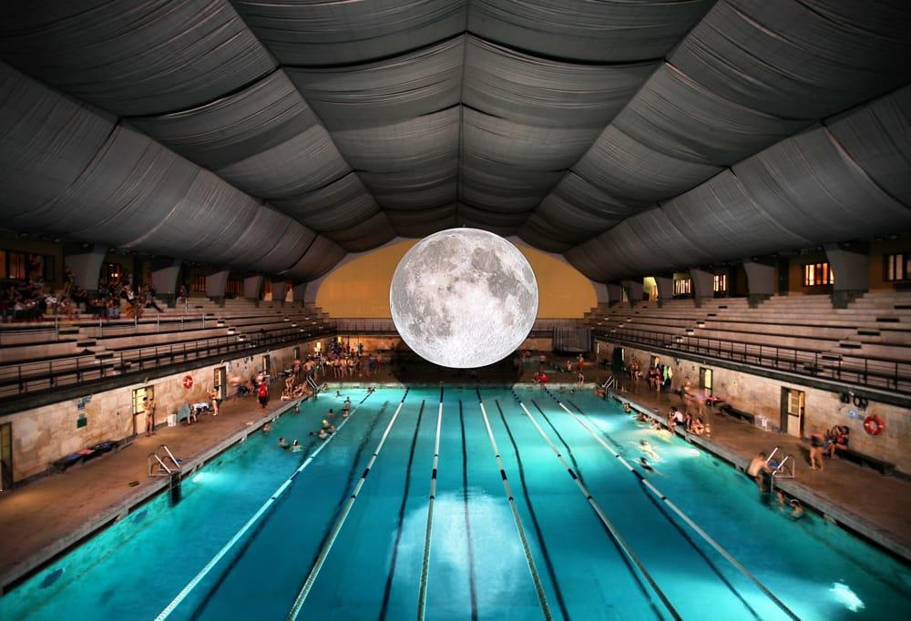 luna piscina 1-2