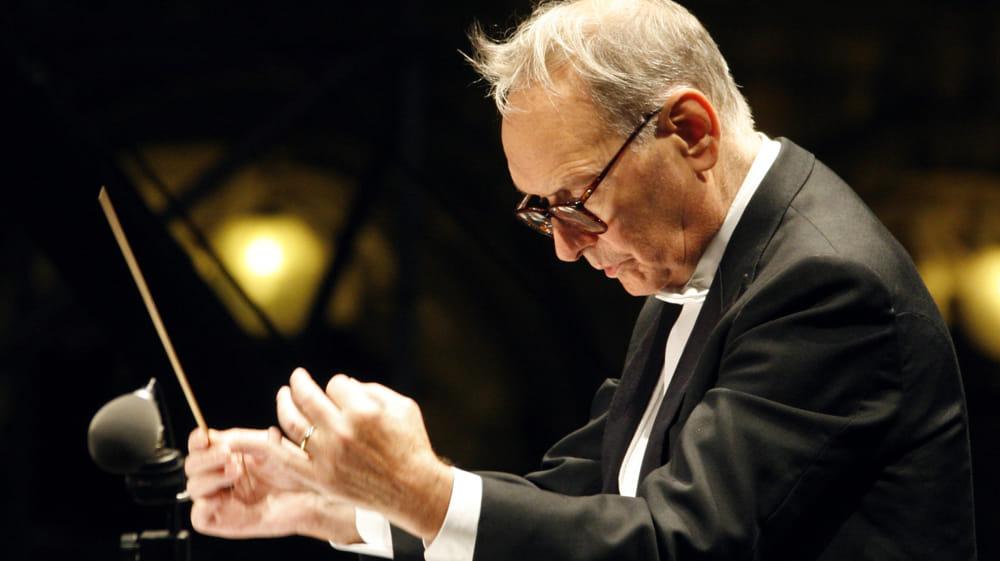 Cinisello Balsamo omaggia Ennio Morricone con un concerto-tributo in piazza Gramsci