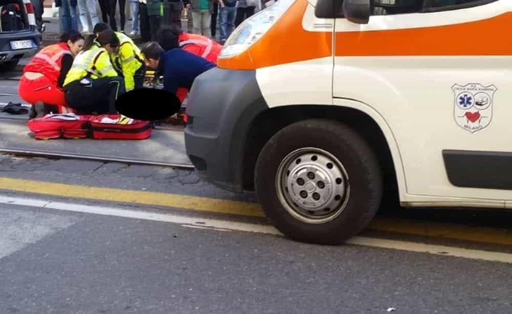 Incidente in viale Gian Galeazzo a Milano: traffico in tilt