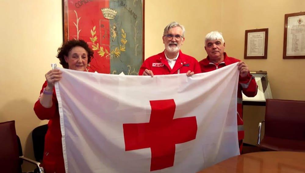 Bandiera Croce Rossa Cinisello Municipio Anniversario Settimana Mondiale