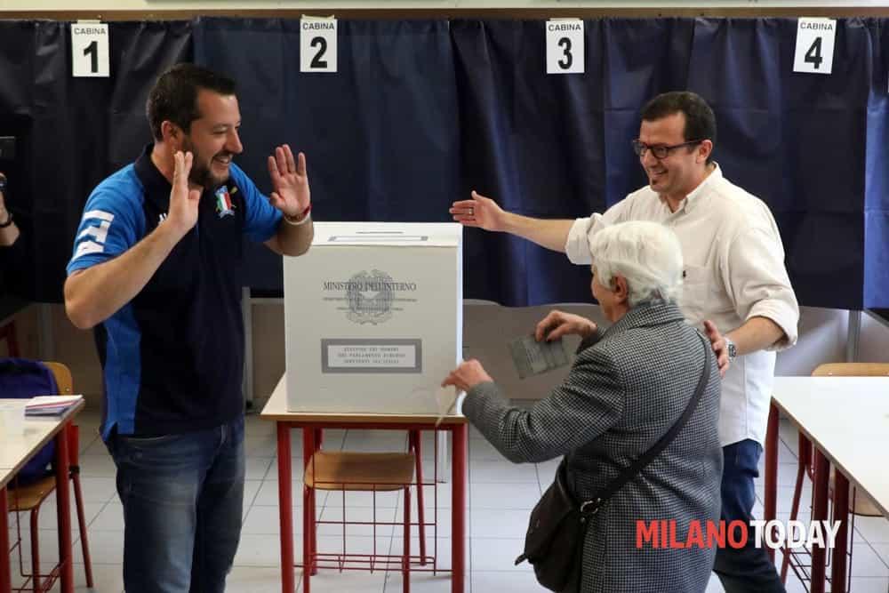 Salvini voto signora scheda-2