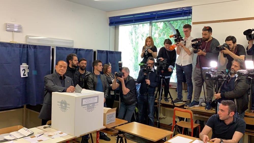 berlusconi voto-2