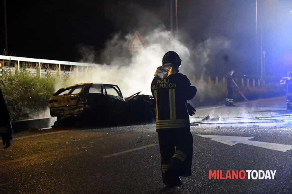 Incidente Valassina notte, auto bruciata 2-2