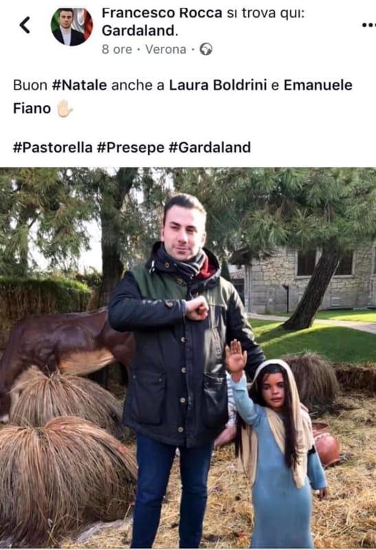 Buon Natale Fascista.Il Consigliere Di Milano E La Foto Col Presepe Fascista E Polemica