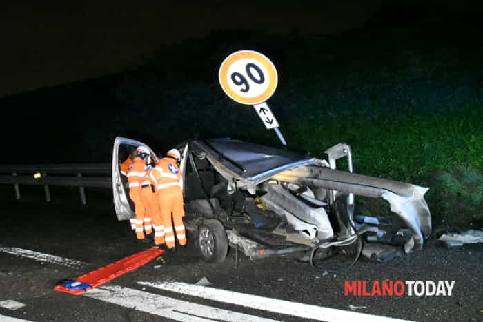 Incidente in tangenziale (foto Bennati)