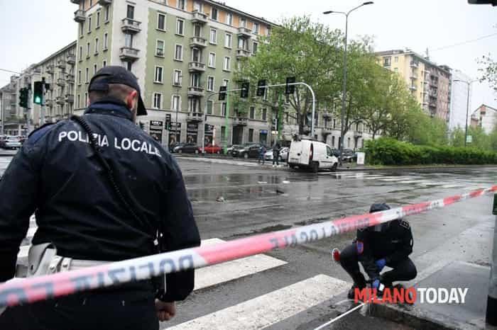 Incidente in viale Fulvio Testi - polizia locale - rilievi (Bennati)